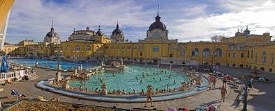 热量巴恩和温泉在布达佩斯 免版税库存图片