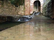 热量矿泉水的水源 免版税库存图片