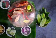 热从火炉,北部东部泰国热狗Isan 库存图片
