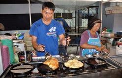 烹调人煎蛋卷泰国的曼谷 免版税库存图片