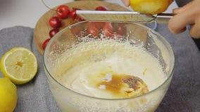 烹调和混合的奶油 股票录像
