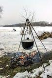 烹调户外在冬天 库存图片