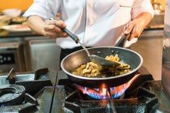 烹调泰国食物 图库摄影