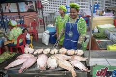 烹调烤的红色罗非鱼 免版税图库摄影