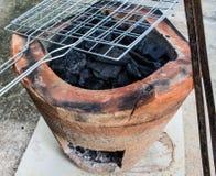 烹调的黏土火炉 免版税库存图片