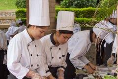 烹调竞争学校业务管理学生(小辈铁厨师) 图库摄影