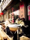烹调罐的街道食物在中国 免版税图库摄影