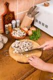 烹调蘑菇 库存图片