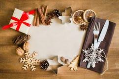 烹饪的背景 与空的纸的圣诞节明信片 免版税库存照片