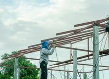 焊接钢的人们 免版税库存照片