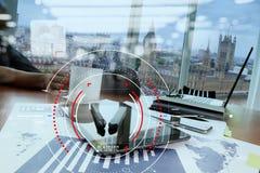 焦点的概念在目标的与数字式图,图表连接 库存图片