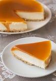 焦糖乳酪蛋糕 库存图片