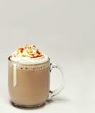 焦糖玻璃上等咖啡 免版税库存图片