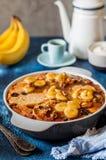 焦糖的香蕉面包布丁 图库摄影