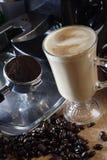 焦糖latte 免版税库存照片