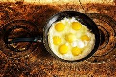煎的新鲜的煎蛋 免版税库存图片