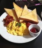 煎蛋卷是早餐 库存图片