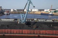 煤炭充电 库存照片