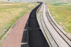 煤炭火车在怀俄明 免版税库存照片