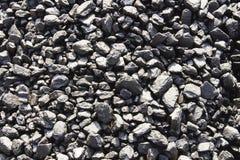煤炭矿物黑立方体石头背景 免版税库存照片