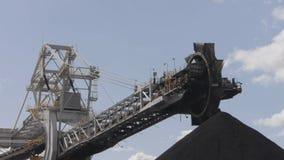 煤炭装载者/传送带 股票录像