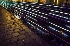 照明设备台阶在城市在晚上 库存照片