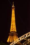 照明设备埃佛尔铁塔在巴黎,法国 免版税库存照片
