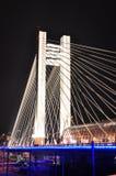 照明设备桥梁在晚上 免版税库存照片