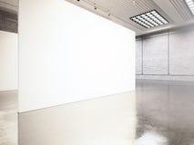 照片博览会现代画廊,露天场所 空白的白色空的帆布当代工业地方 完全内部顶楼 免版税库存图片
