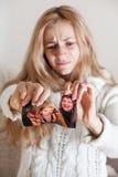 照片撕毁的妇女 免版税库存图片