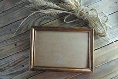 照片框架和麦子 库存图片