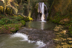 照片Marmore瀑布(Cascate delle Marmore) 图库摄影