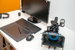 照相机、计算机和片剂录影编辑的 免版税库存照片