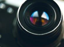 照相机作用eps10例证透镜彩虹向量 减速火箭过时 库存图片