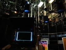 照相机反光镜在电视演播室 免版税图库摄影