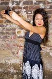 照相机妇女年轻人 免版税库存照片