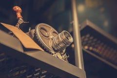 照相机家庭装饰葡萄酒减速火箭的葡萄酒颜色口气 免版税库存照片