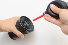 照相机清洁透镜 免版税图库摄影