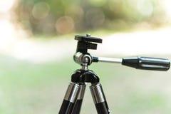 照相机的三脚架 免版税库存图片