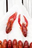 煮沸的小龙虾 woden背景 土气样式 海鲜菜单 库存图片