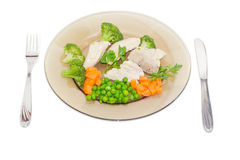 煮沸的肉和菜饮食盘  免版税库存照片