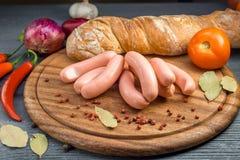 煮沸的香肠 免版税库存图片