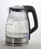 煮沸的水壶 库存照片