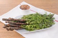 煮沸的Neem泰国食物用甜调味汁 免版税图库摄影