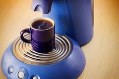 煮浓咖啡器杯咖啡 库存照片