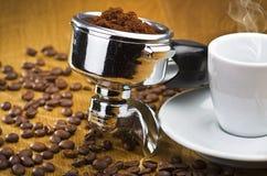 煮浓咖啡器社团领袖 免版税库存照片
