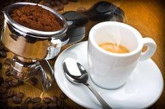煮浓咖啡器组 免版税库存图片