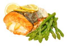 煮熟的三条鱼烘烤 图库摄影