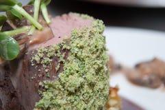 煮熟的小牛肉里脊肉 免版税库存图片