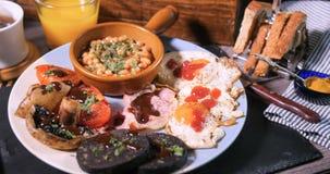 煮熟的英式早餐 免版税库存图片